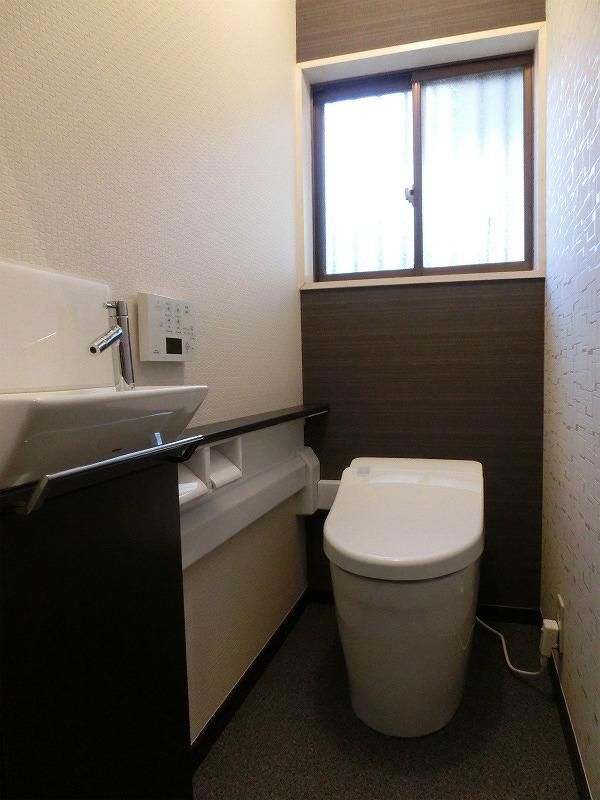 自分でお掃除するトイレ