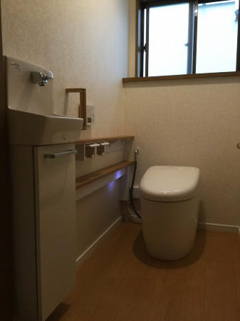 トイレの手洗いをラクにするリフォーム