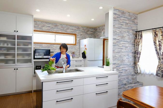 家族で囲めるキッチンが欲しい!