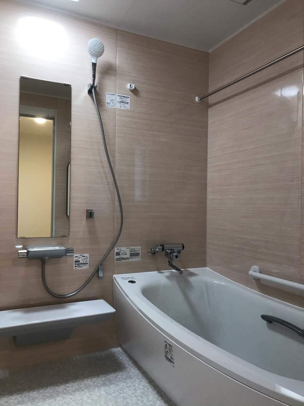 ヒートショックに注意!浴室と脱衣所、どちらも暖かく